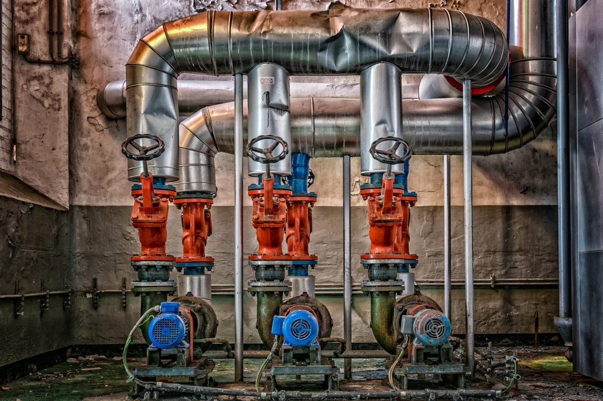 distacco dall'impianto di riscaldamento, regolamento  e sostituzione caldaia